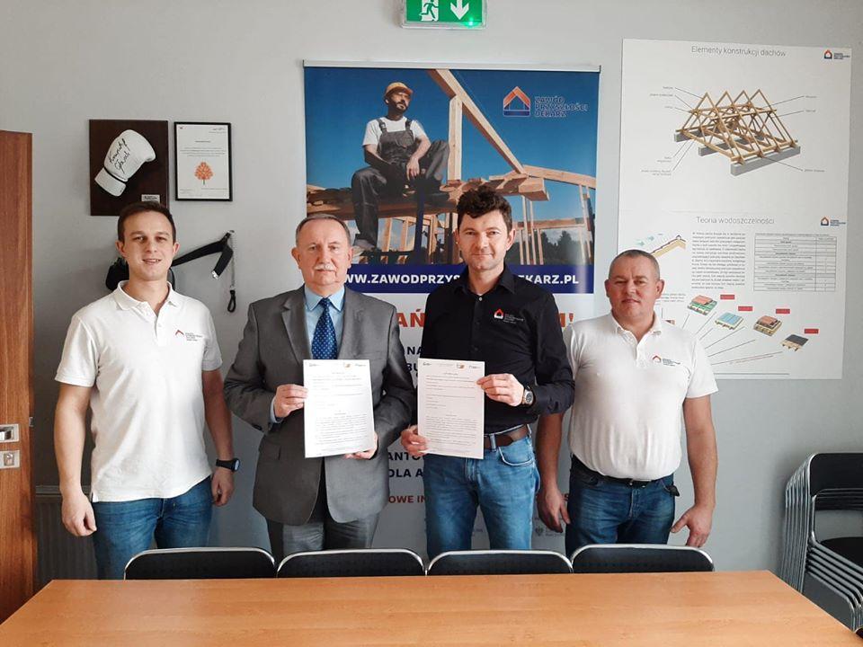PSD_podpisanie umowy z ZSB